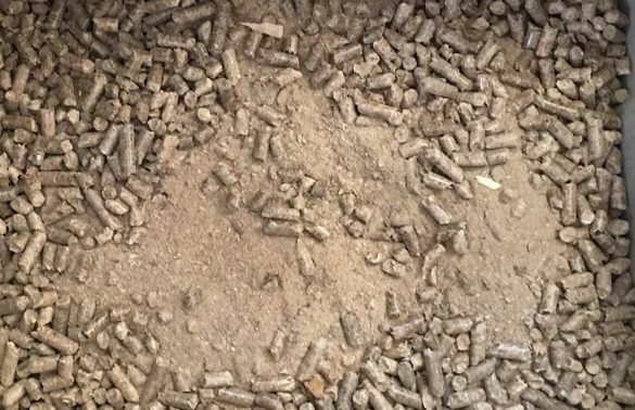 Concentrated pellet dust causes problems!