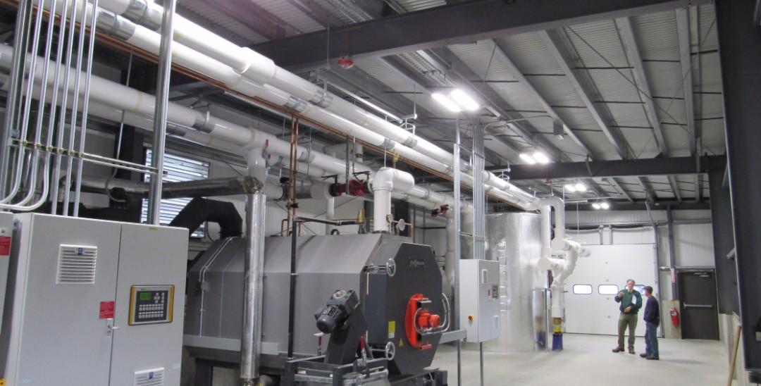 dry-wood-chip-boiler-room-piping-Whe3_0865