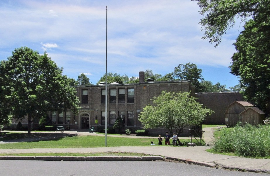 Green St School Brattleboro 1285