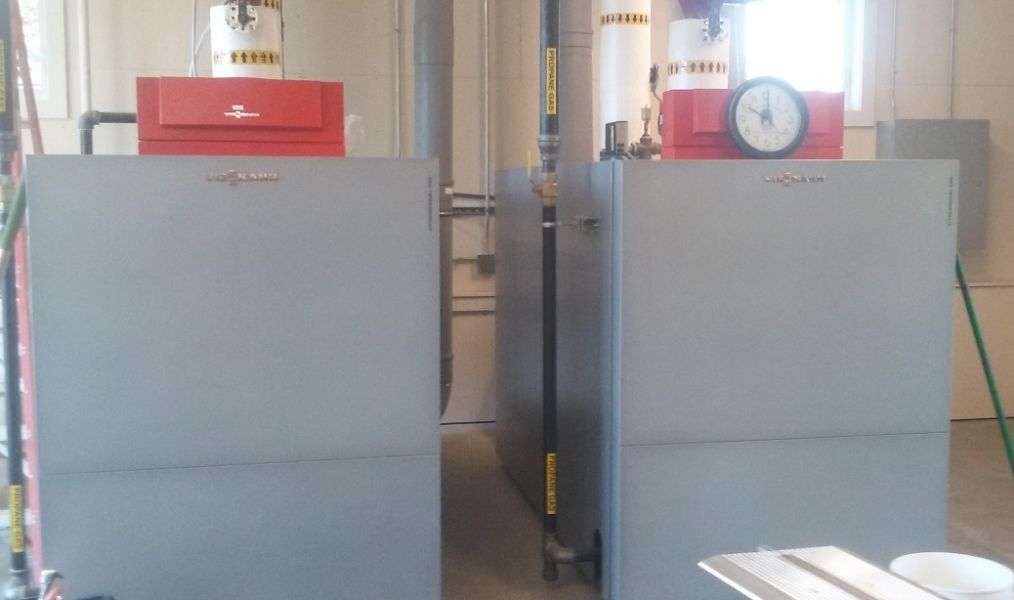 Two Viessmann LP boilers provide peaking and back up