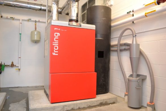 This Froling wood pellet boiler has a fines cyclone installed in the pneumatic fill line